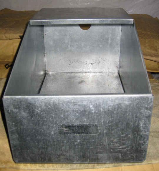 Metal rabbit nest box